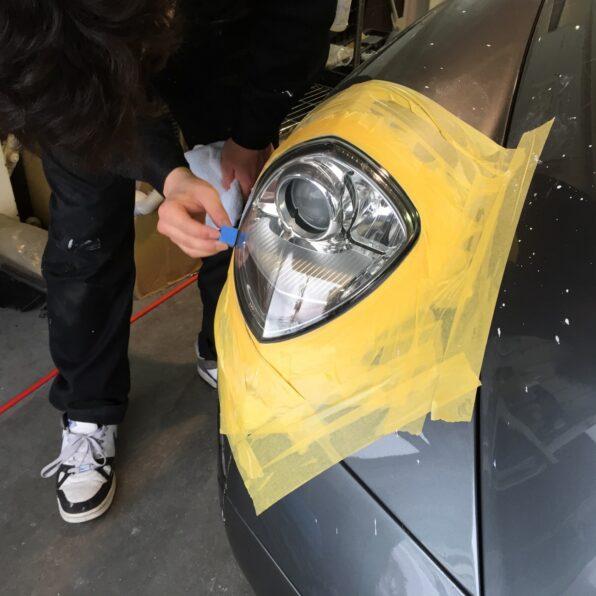 ヘッドライト・コーティングの塗布