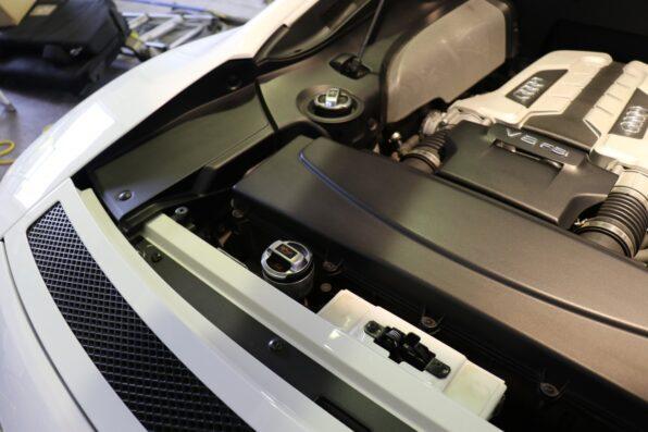 エンジンルームクリーニング & 樹脂部分にアルファガラスコーティングを施工