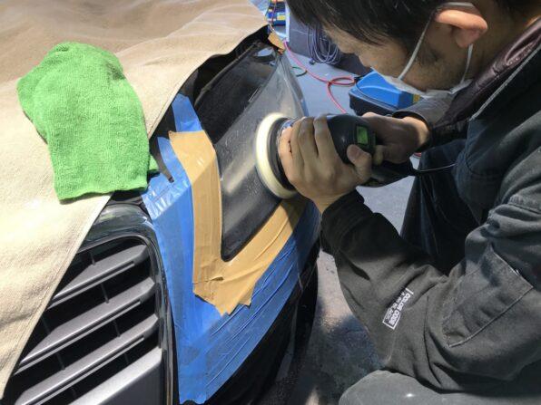 ヘッドライト研磨で傷を消す 1