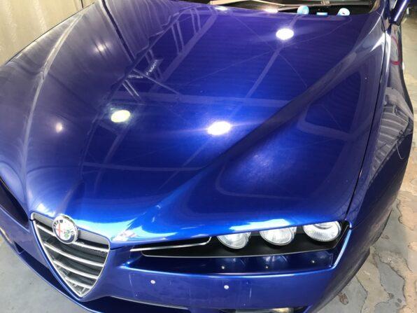 中古の欧州車にエクラエクシード・ガラスコーティングを施工 シミ・キズ・鉄粉でくすみ、経年感が出たボディ